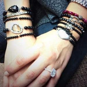 Kaley Cuoco diamond engagement ring 2013 via twitter