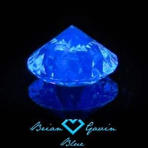 What does medium blue fluorescence in a diamond look like? Brian Gavin Diamonds AGSL 104055121006