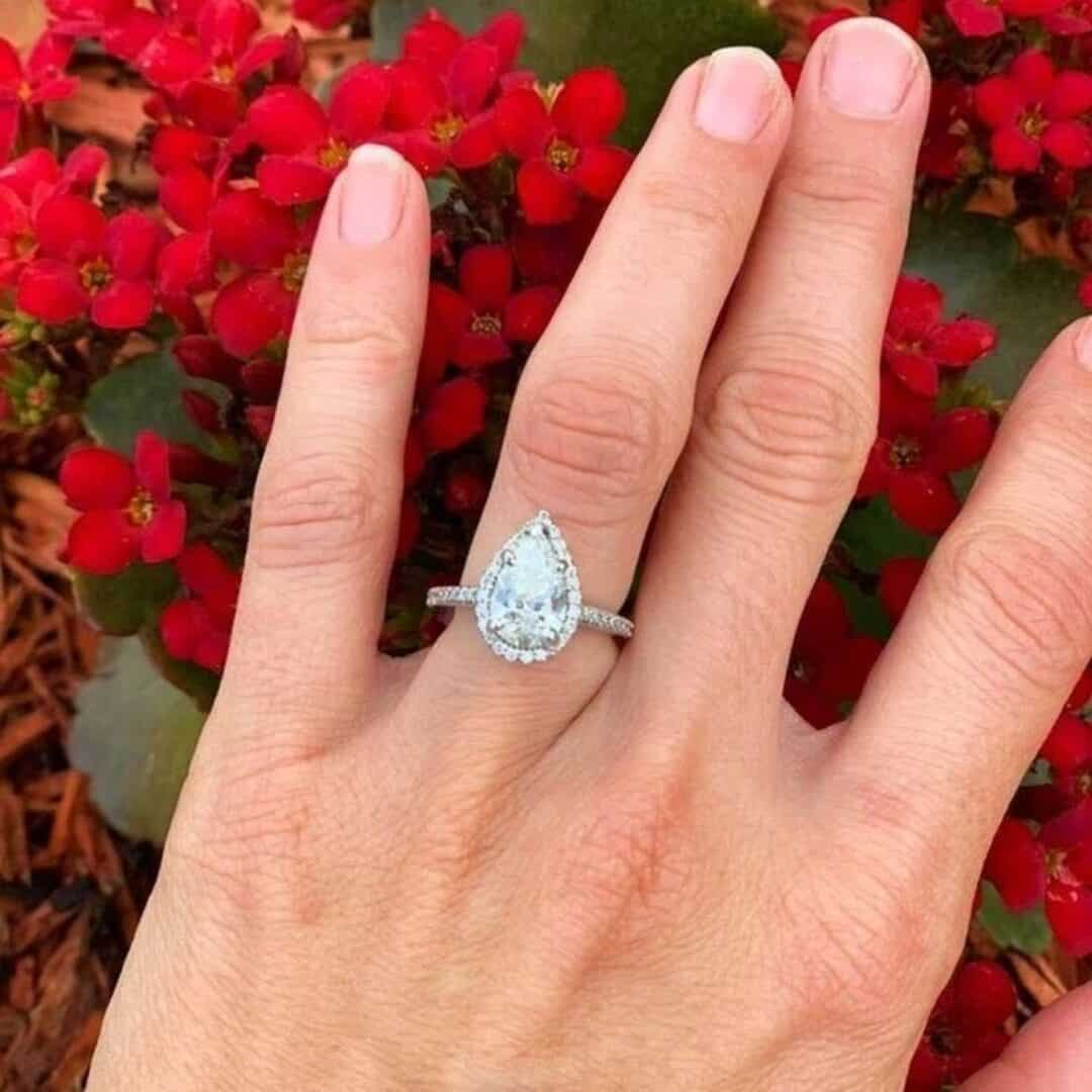 Pear Shape Diamond Halo Setting