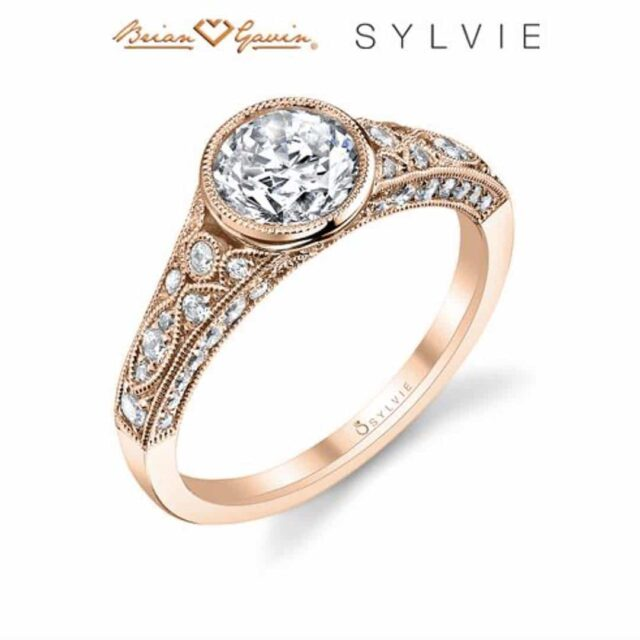 Vintage Style Ring by Sylvie