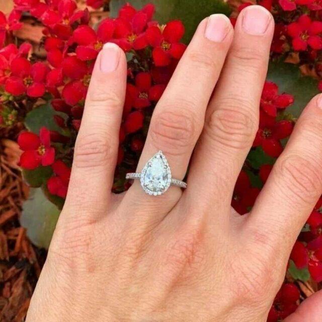 Pear Shape Diamond Halo Setting