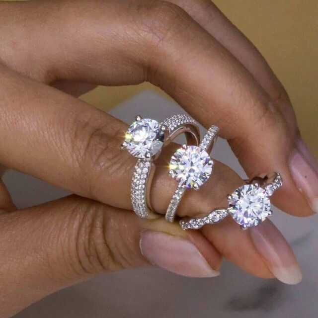 Natural and Lab-Grown Diamonds With Clarity Challenge.
