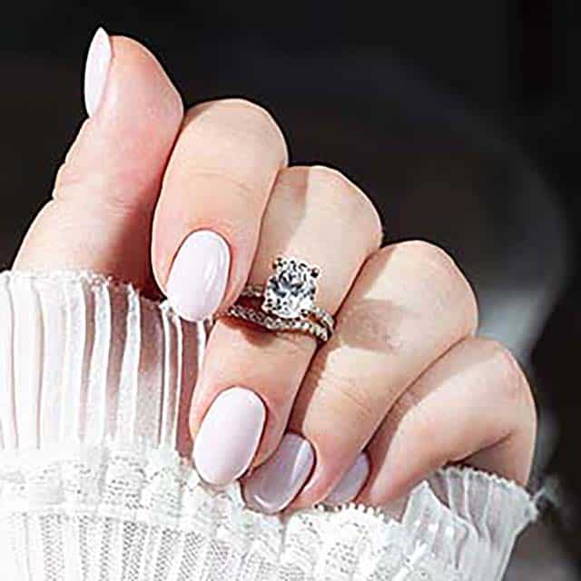 Rose Gold Pavé Setting for Oval Diamond